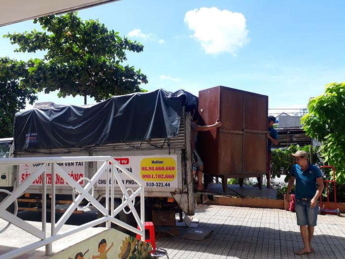 Xe tải cung cấp dịch vụ chuyển nhà trọn gói giá rẻ tại TPHCM công ty chuyển nhà Sài Gòn Thành Công